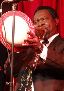 Joseph Siankope & His New Orleans Jazz Band  (21:00h - Un pase de 75 minutos)